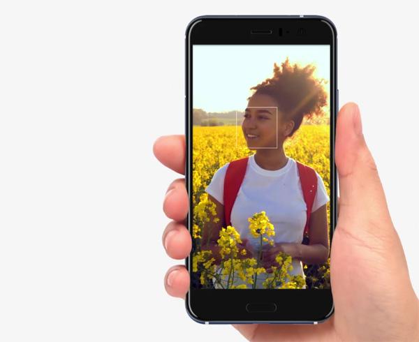 HTC U10